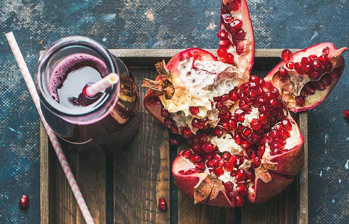 7. Pomegranate And Beetroot Juice For Weight Loss
