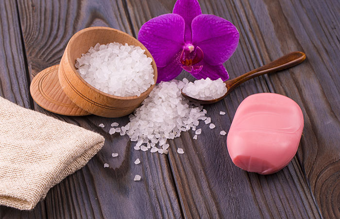 Epsom-Salt-Bath-For-Tailbone-Pain