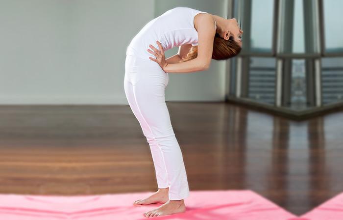 Hip Flexor Stretchs - The Standing Hip Hinge