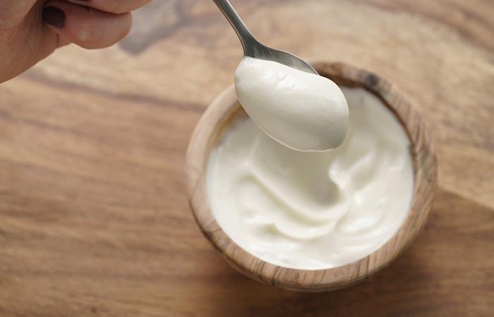 Yogurt,-Gram-Flour,-And-Turmeric