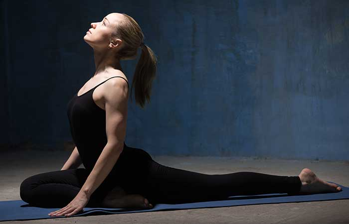 7-Yoga-Stretches-That-Will-Help-Ease-That-Hip-Pain3