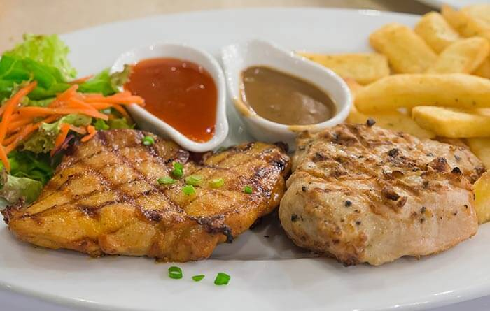 Low Calorie Dinner Recipes - Chicken With Rosemary Butter Sauce