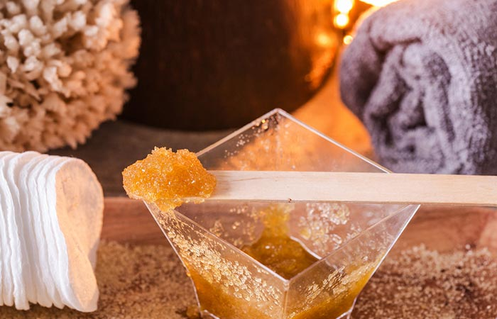 8. Brown Sugar And Almond Oil Scrub