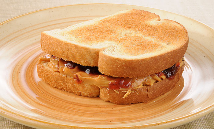 Healthy Sandwiches For Weight loss - Berry And Almond Butter Sandwich