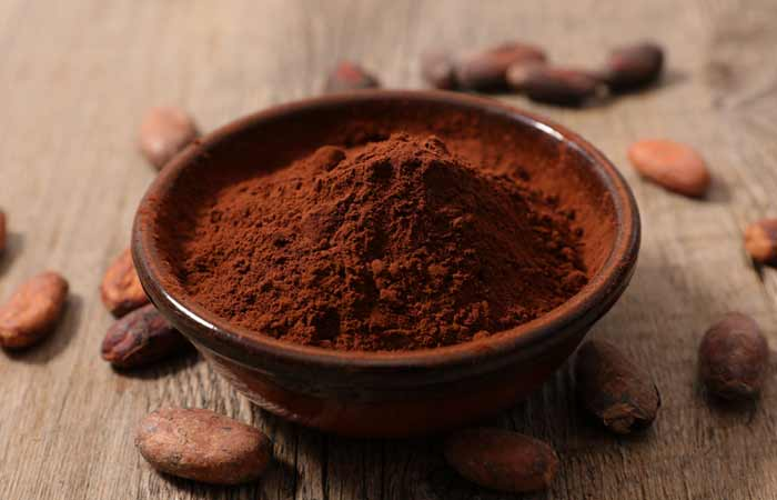 Pomegranate And Cocoa Powder Face Mask For Youthful Skin