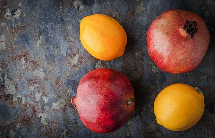 Pomegranate And Lemon Juice Face Mask For Treating Sun Tan