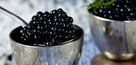 How-To-Prepare-Caviar-Masks-For-Glowing-Skin-ss