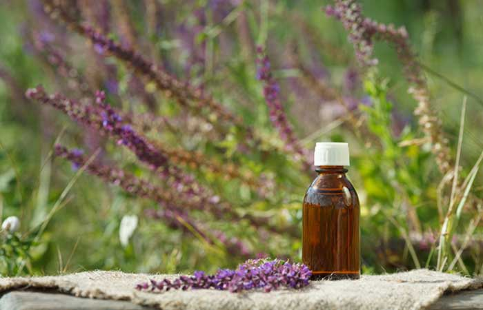 4.-Essential-Oils-To-Stop-Period