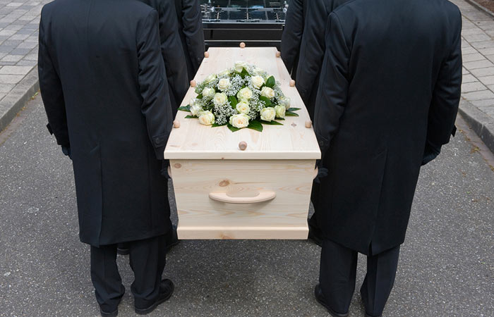 What To Wear To A Funeral - Religious-Customs-At-A-Funeral