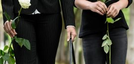 What-To-Wear-To-A-Funeral-Women-–-Dos-and-Dont's