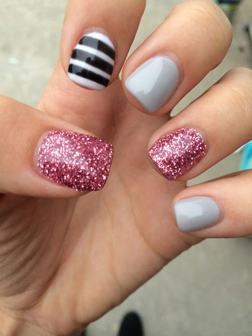 Short Acrylic Nails with Gray and Pink Glitter