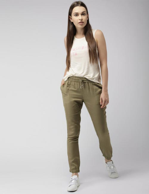 Ways To Wear Joggers - Joggers In Linen