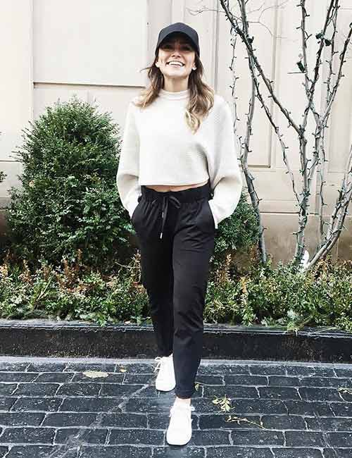 Ways To Wear Joggers - With A Tucked-In Turtleneck T-shirt